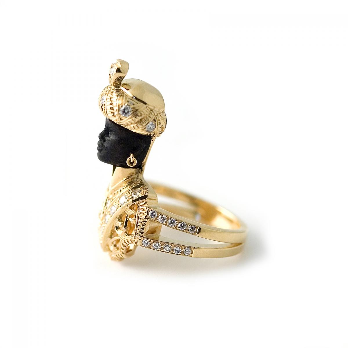 Classic Moretto ring